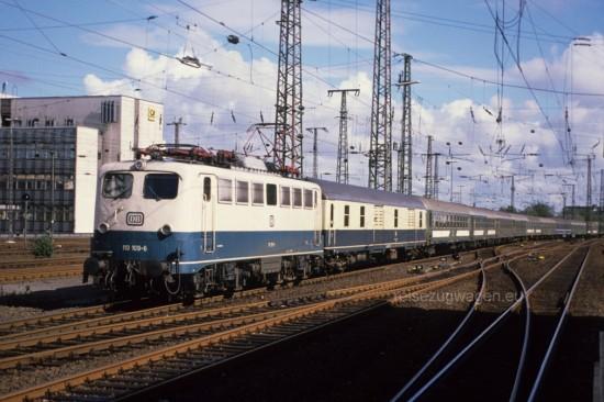 110 109-6 D 295 Duisburg 2.9.89-1