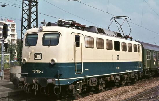 110-186-4-Pforzheim-HBF-04.05.81-2