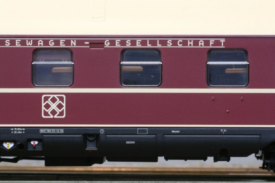ACME_52377_Detail2