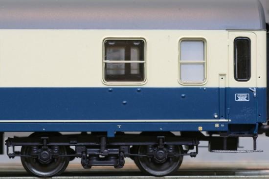 ACME_90032-1_Detail2