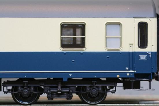ACME_90032-3_Detail2