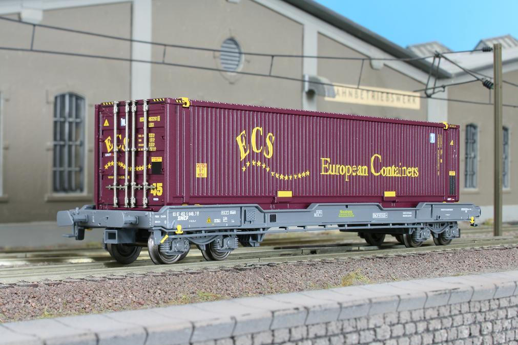 LS_30145_Container_ECS
