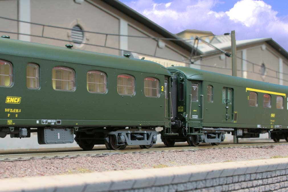 Ls Model Sets http://www.reisezugwagen.eu/?cat=35