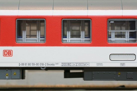 LS_49050-2_Detail1