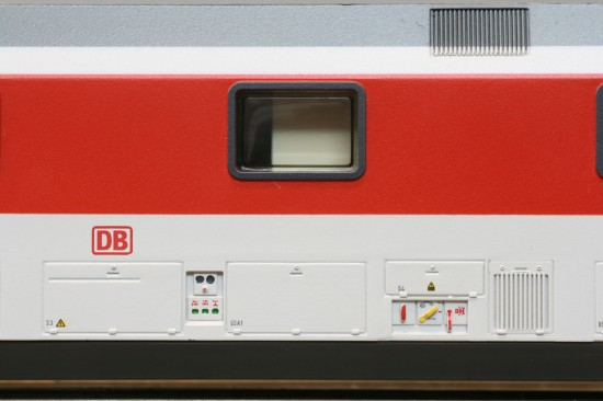 LS_49052-2_Detail1