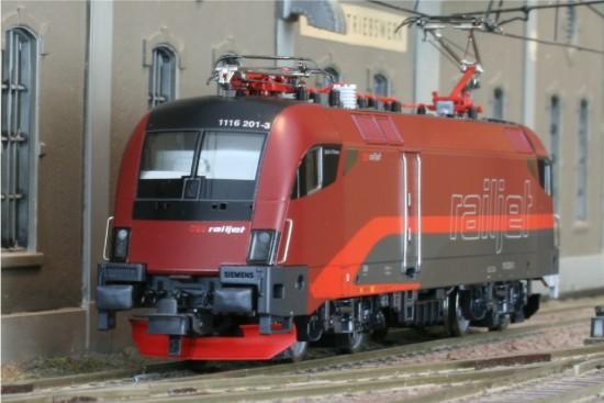 Roco_62449_RailJet1
