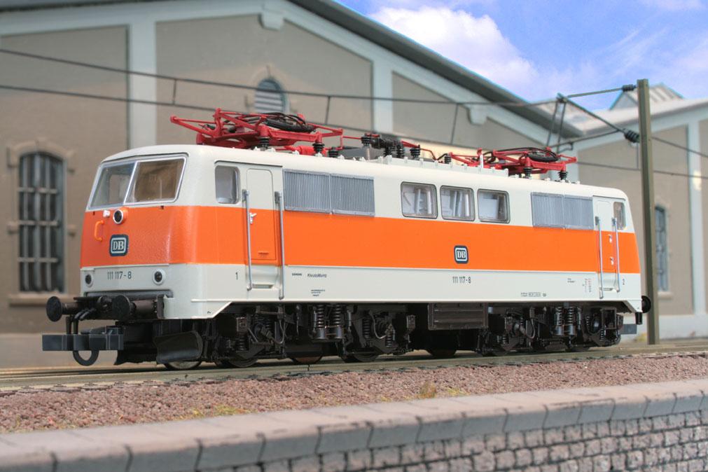 Roco_63853_S-Bahn111