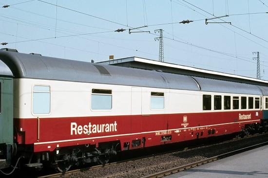 WRmh 132.0 61 80 88 - 70 216-1 Oberhausen 21.5.80